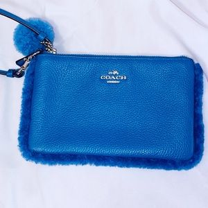 Coach 64765 Small Leather Zip Wristlet w/Shearling
